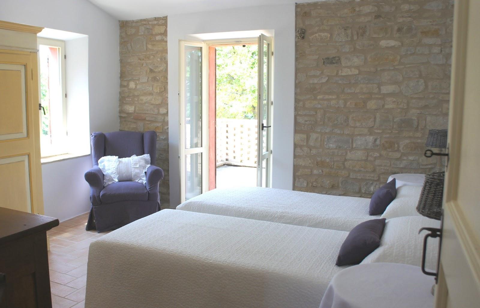 Camere Da Letto Moderne Bianche: Camere da letto saber atmosphere ...